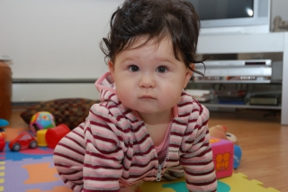 16/11 I'm 8 months old today and still trying to crawl